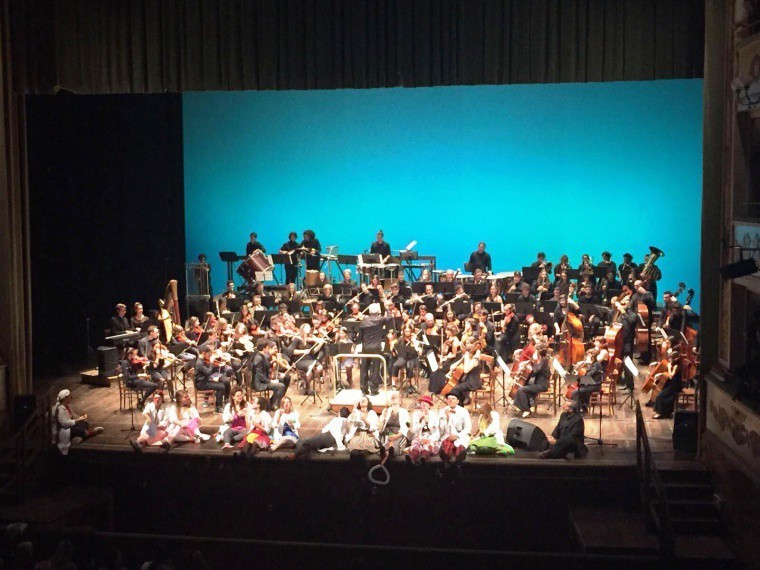 "Teatro Bonci ""sold out"" per il concerto ""Stellare"" dell'Orchestra Maderna Junior"