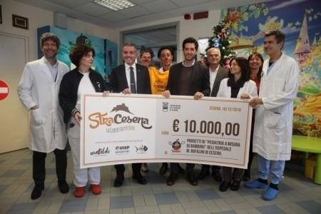 StraCesena 2018: al Bufalini consegnati 10mila euro a 'Pediatria a misura di bambino'