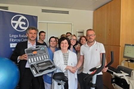 Al Bufalini generosa donazione della Lega Italiana Fibrosi Cistica Romagna