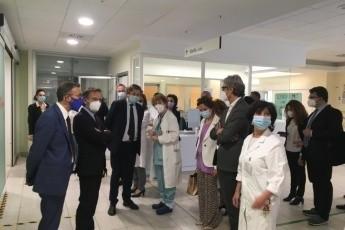 Il sottosegretario alla salute Sileri e il presidente Bonaccini a Rimini per visitare il Centro vaccinale e l'ospedale Infermi