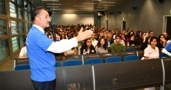 """Tantissimi studenti oggi a """"Preveni...Amo"""" nel campus universitario di Forlì"""