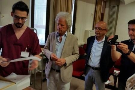 Donazione all'Oculistica di Riccione dal Lions Club Rimini - Riccione Host